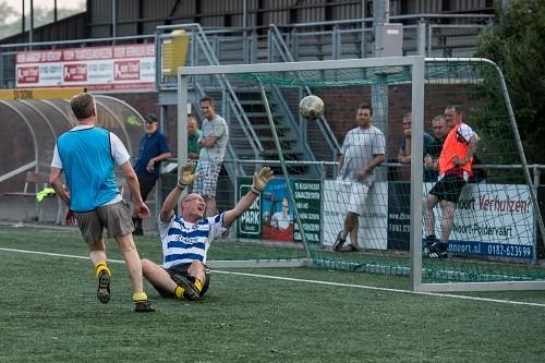Kom veteranenvoetbal spelen bij SV Donk